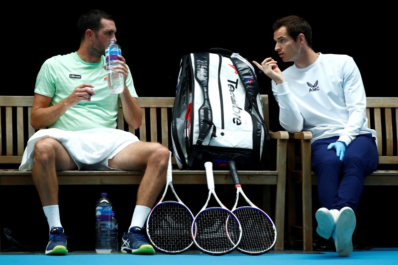 James Ward discusses game plan with coach Andy Murray