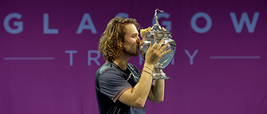 Lukas Lacko wins the Glasgow Trophy