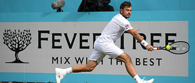 Stan Wawrinka plays a backhand during day three at the Fever-Tree Championships.