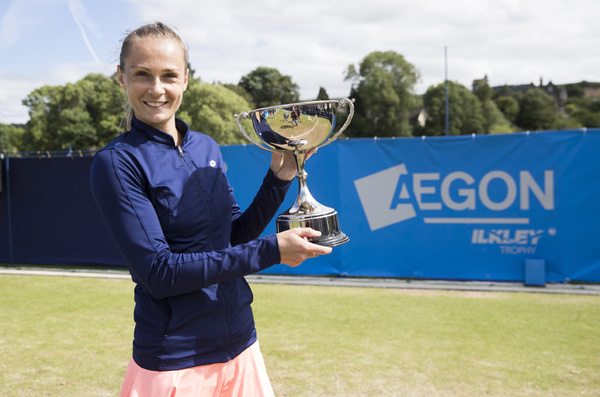 Magdalena Rybarikova with the Aegon Ilkley Trophy