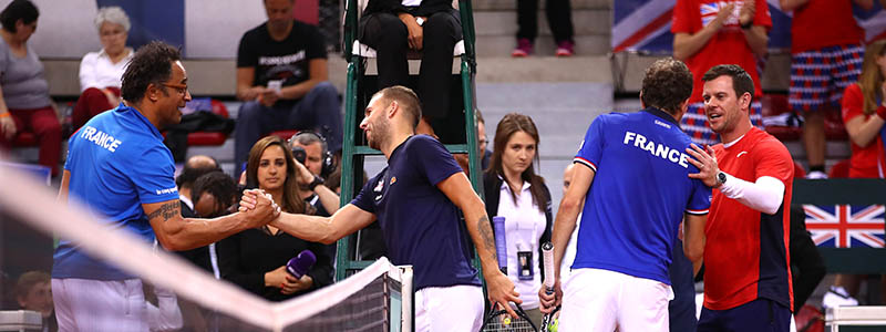 Leon Smith and Dan Evans on Day 3 of the Davis Cup quarter-final clash