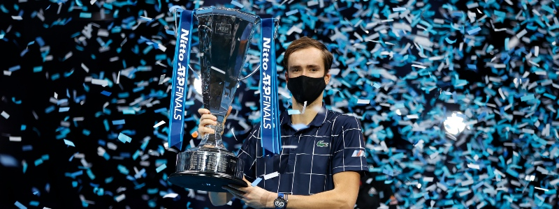 Danill Medvedev wins in London