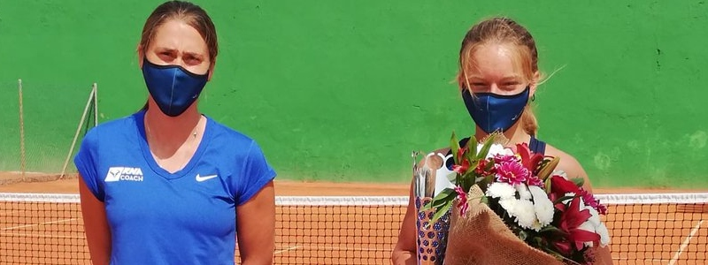 Matilda Mutavdzic celebrates her first ITF $15k title in Mellila