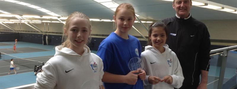 Emma Raducanu (second from right) with fellow 2014 LTA Tennis Europe GB team members
