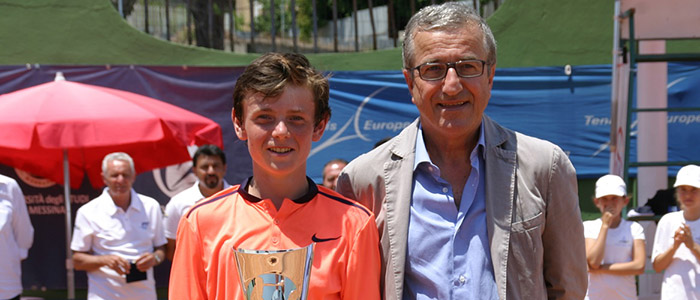 Jack Pinnington Jones captures the U14 title at a Tennis Europe Category 1 event in Italy
