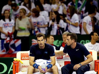 Andy Murray and Leon Smith by Getty Images
