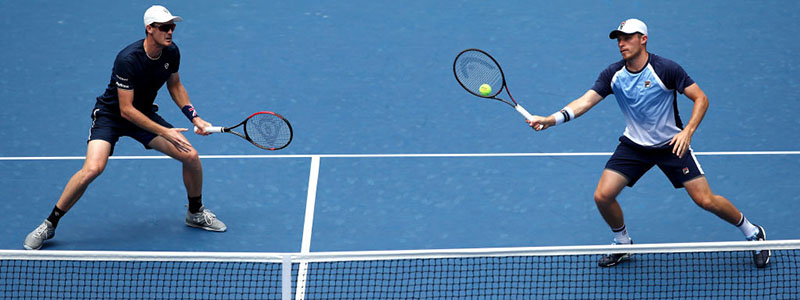 2019 Murray and Skupski compete in doubles